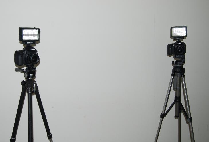 一般的なビデオカメラ